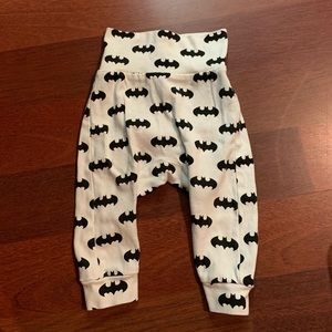 H & M Batman pants